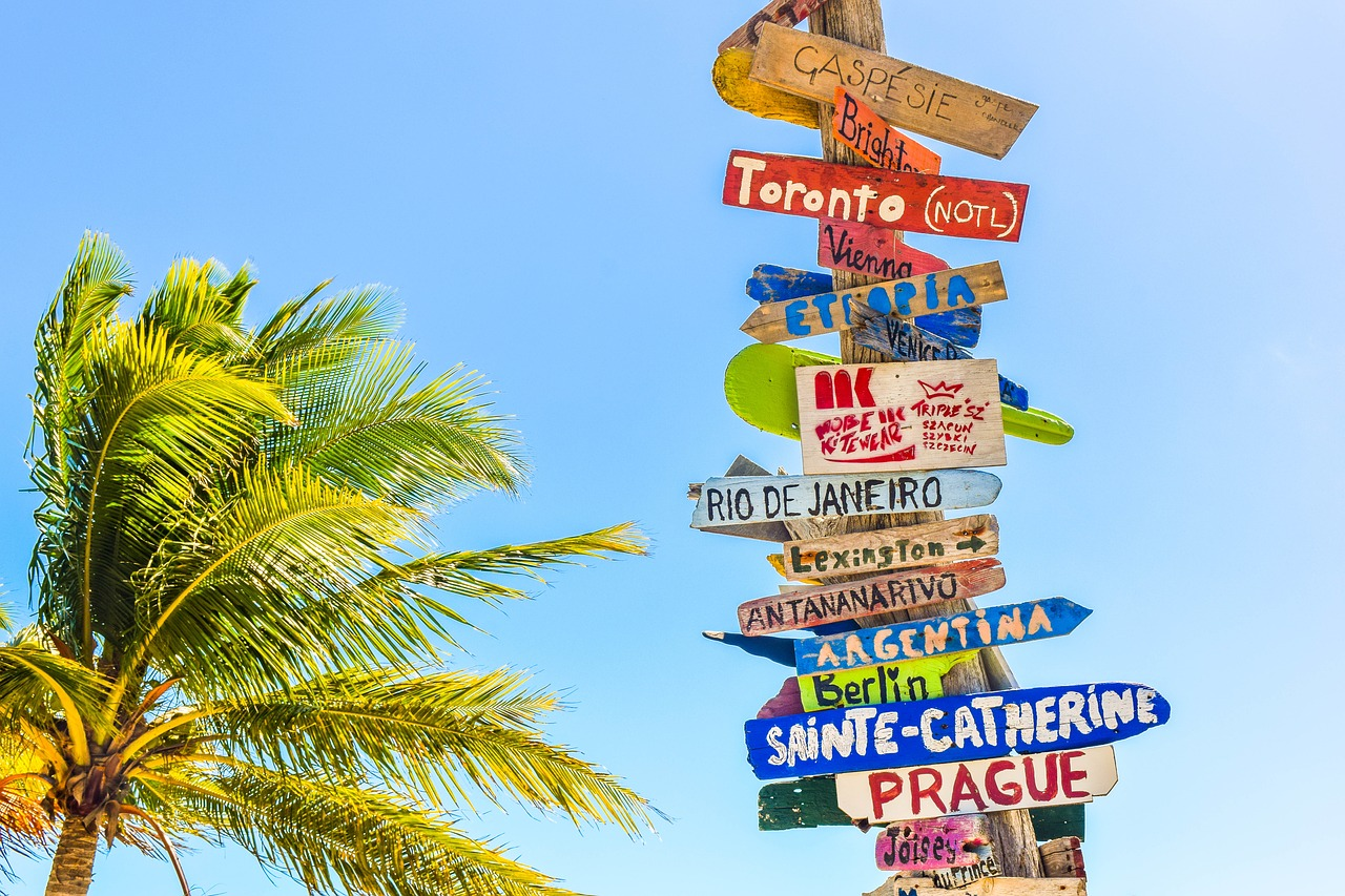trip travel journey 旅 を意味する単語の違いと使い方 koala times